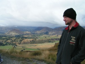 Mike at Coronet Peak lookout - 2009